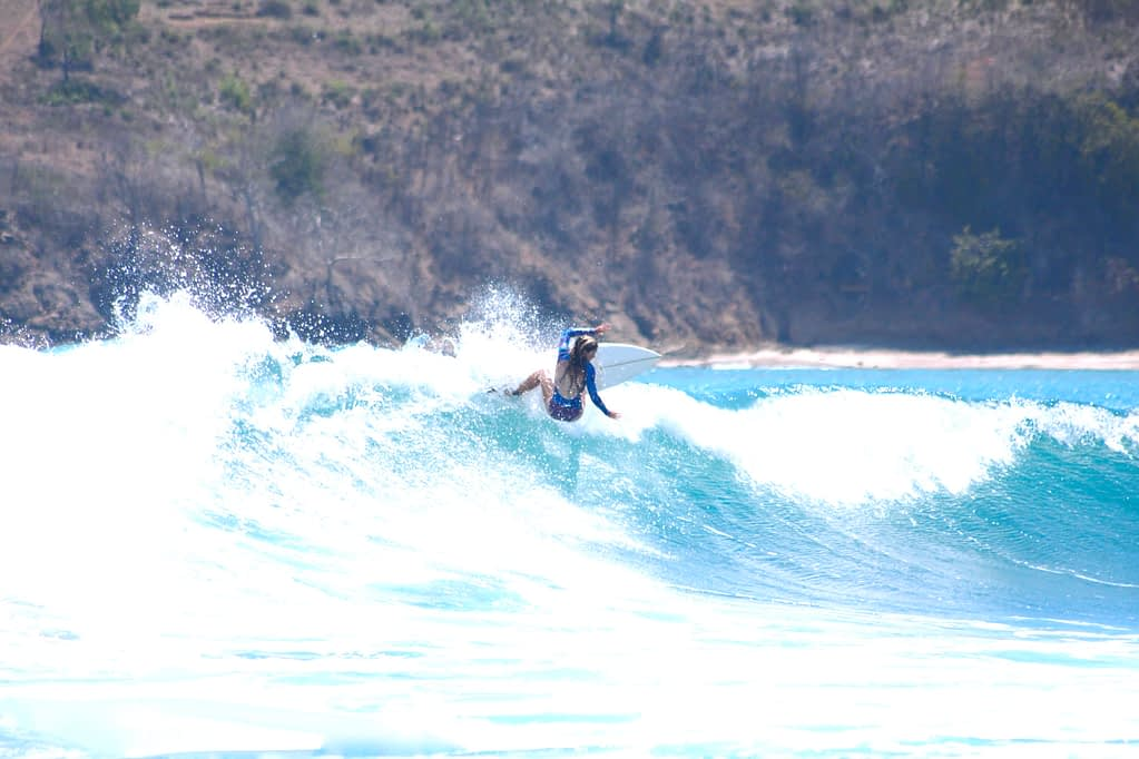 Surfer doing a turn
